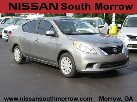 Pre-Owned 2013 Nissan Versa SV FWD 4dr Car